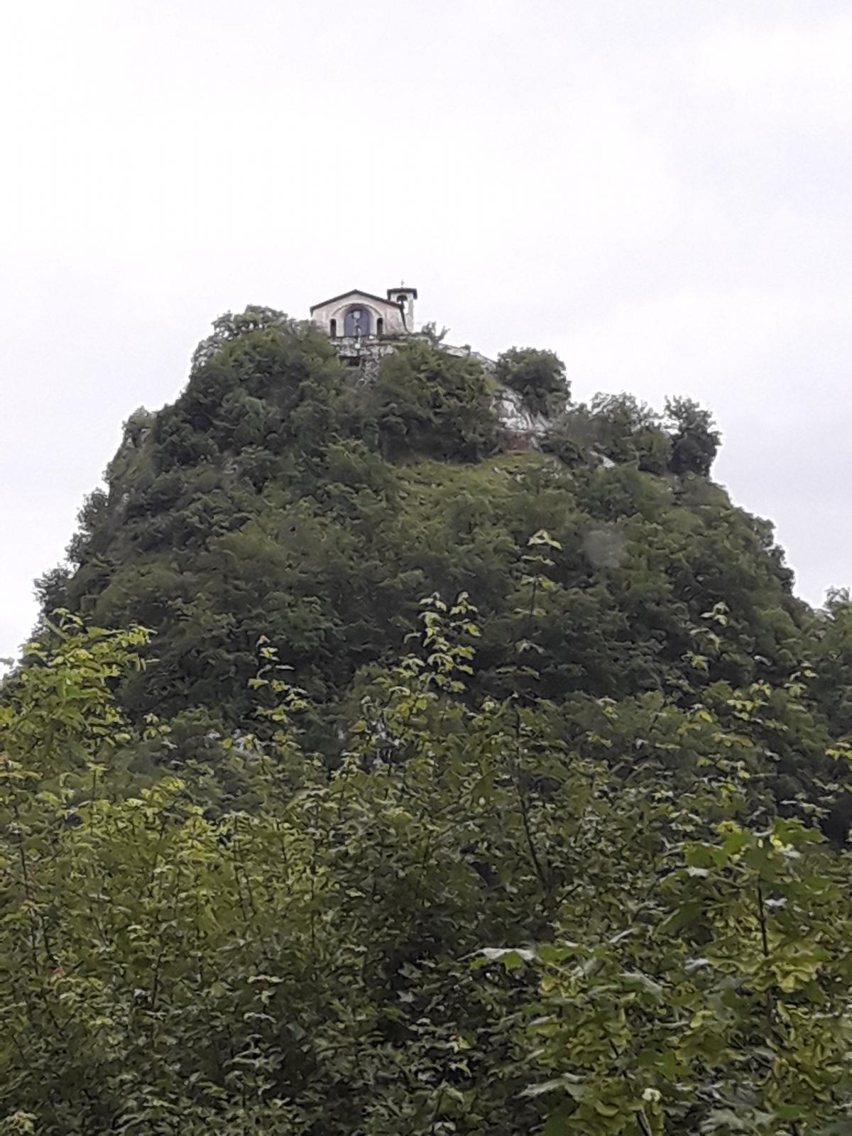 Kaplička v Roccaporeně