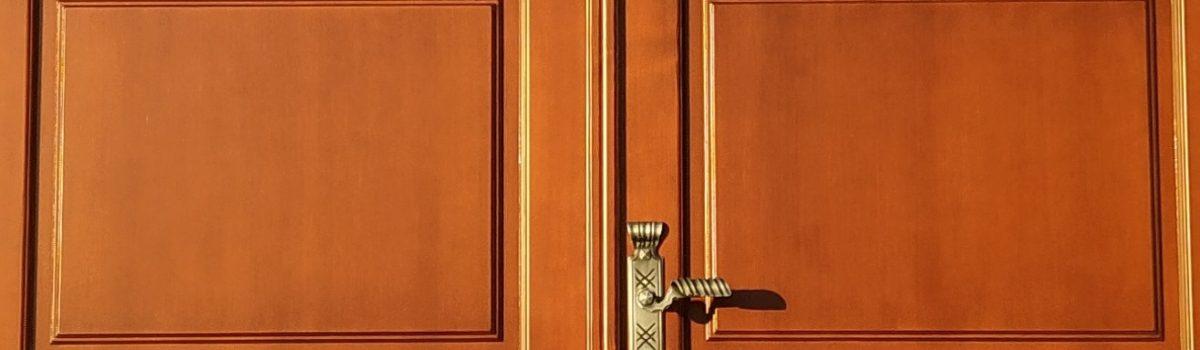 Nové dveře kostela Sv. Augustina